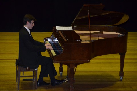 Recital de piano com Vitor Zendron da CunhaRecital de piano com Vitor Zendron da Cunha