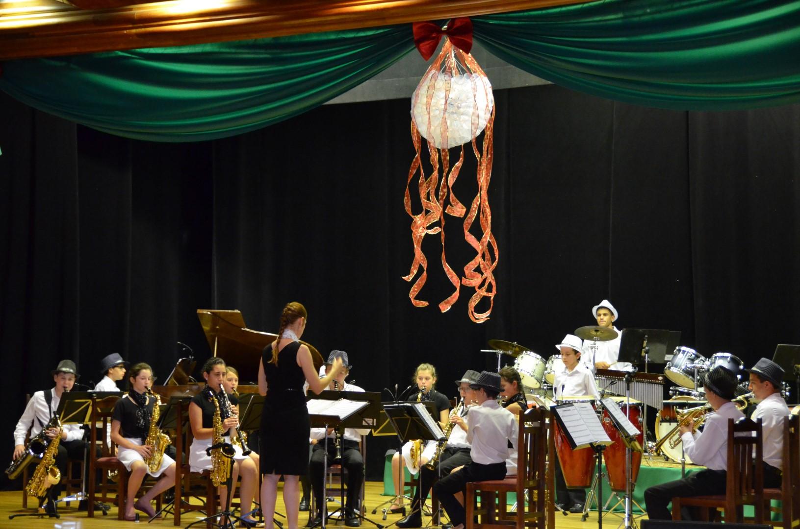Orquestra de Iniciantes em Concerto - 14/12/2016Orquestra de Iniciantes em Concerto - 14/12/2016