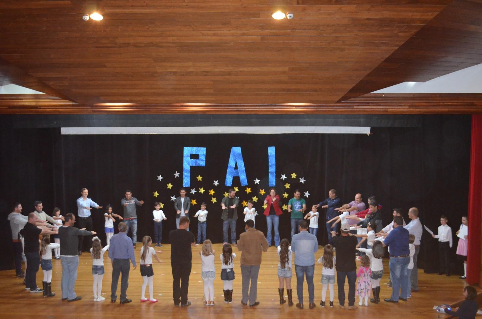 Homenagem Dia dos Pais - Colégio Imperatriz - 13/08/17Homenagem Dia dos Pais - Colégio Imperatriz - 13/08/17
