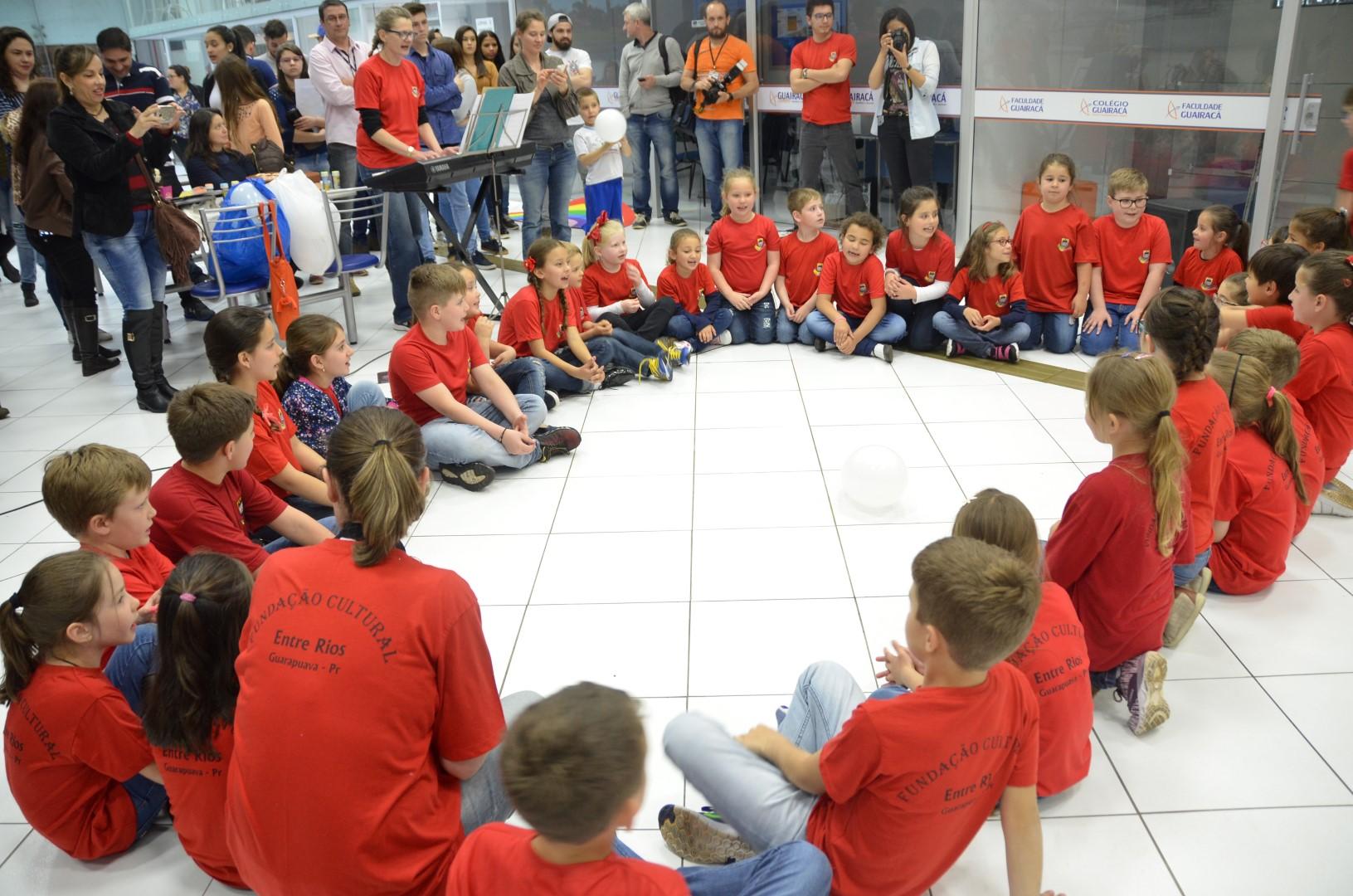 Grupo Melodia e Coral Infantil se apresentam no 30º Encontro da Arte Folclórica - 23 e 24/08/17Grupo Melodia e Coral Infantil se apresentam no 30º Encontro da Arte Folclórica - 23 e 24/08/17