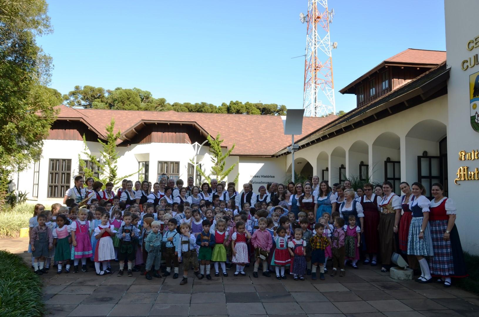 Festa da Terceira Idade - Semana de Língua Alemã - 12/04/2018Festa da Terceira Idade - Semana de Língua Alemã - 12/04/2018