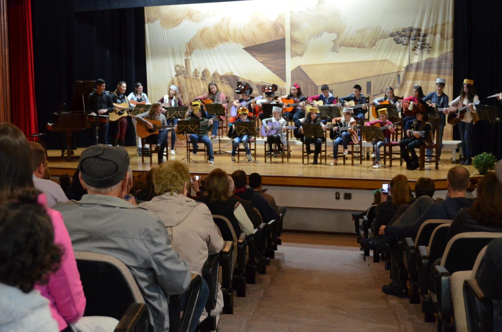 Musikschüler der Kulturstiftung veranstalten das 3. Musikvorspiel  - 24/08/2018