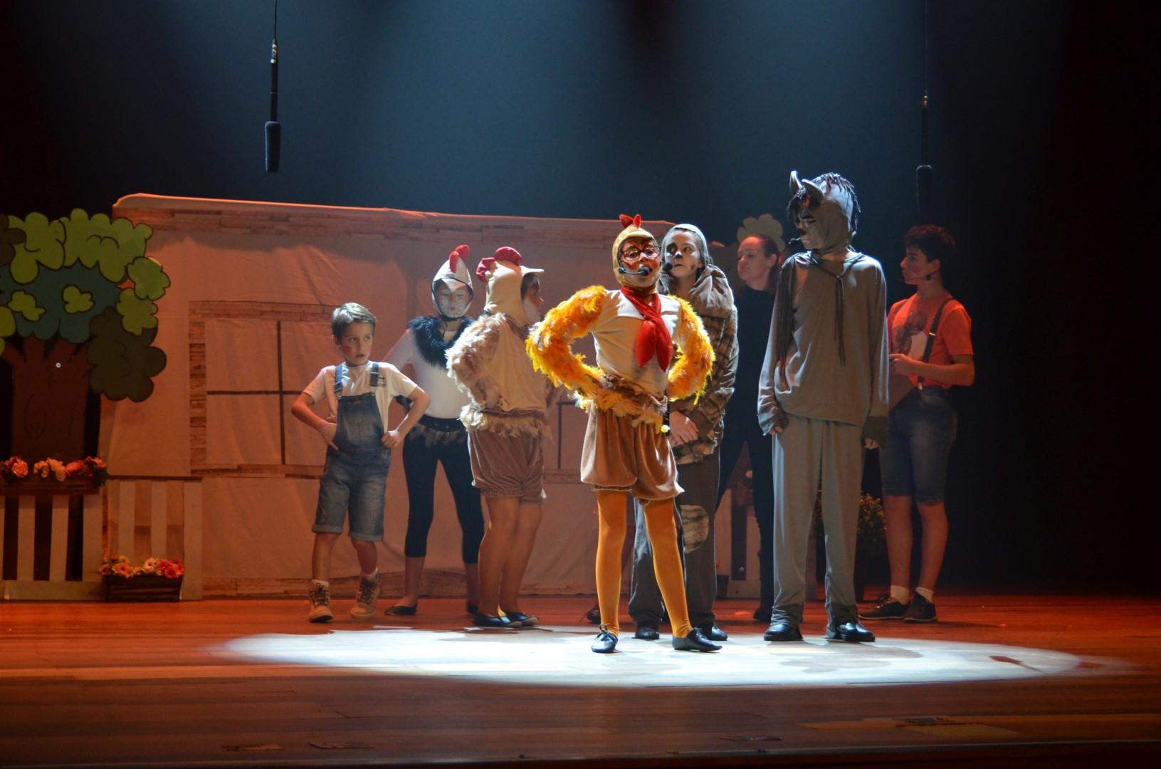 Musical Os Saltimbancos - Teatro Municipal de Guarapuava - 08/10/2018