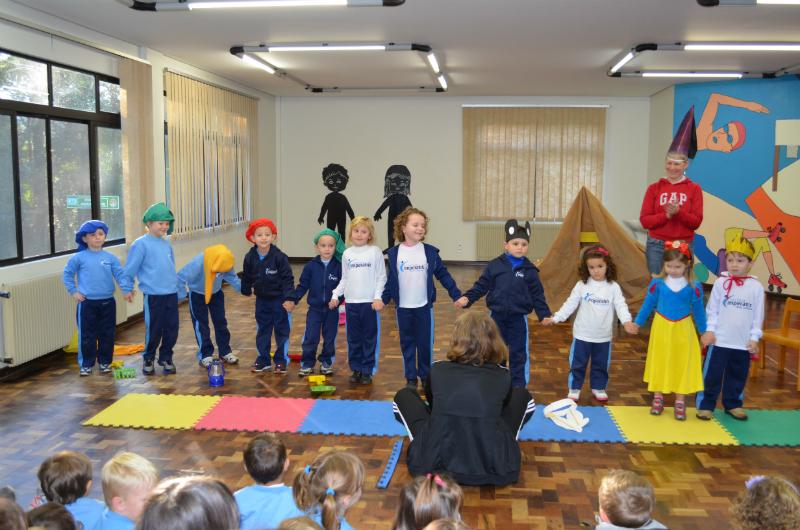 Musical Branca de Neve para Educação InfantilMusical Branca de Neve para Educação Infantil